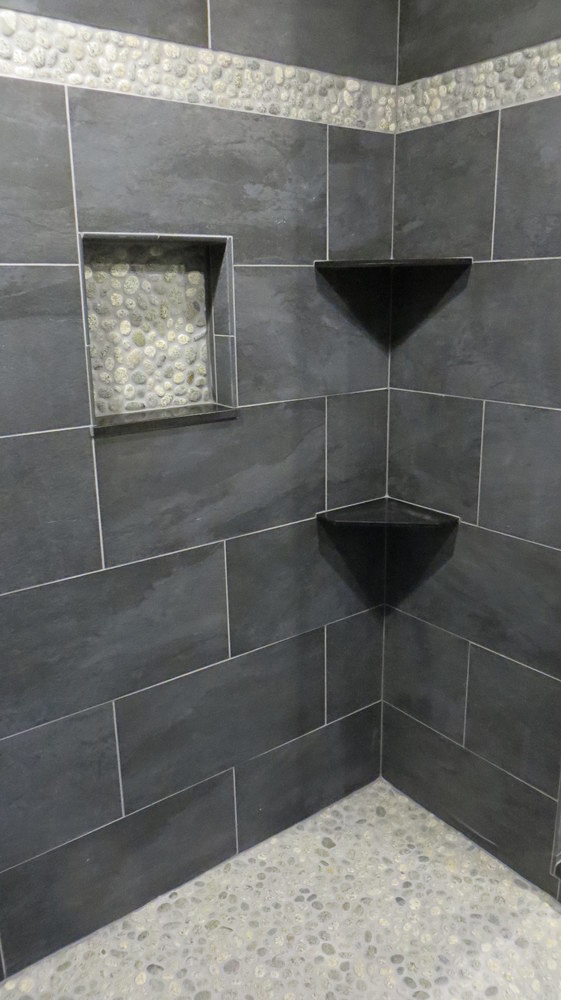 Speckled Pebble Shower Floor and Accents