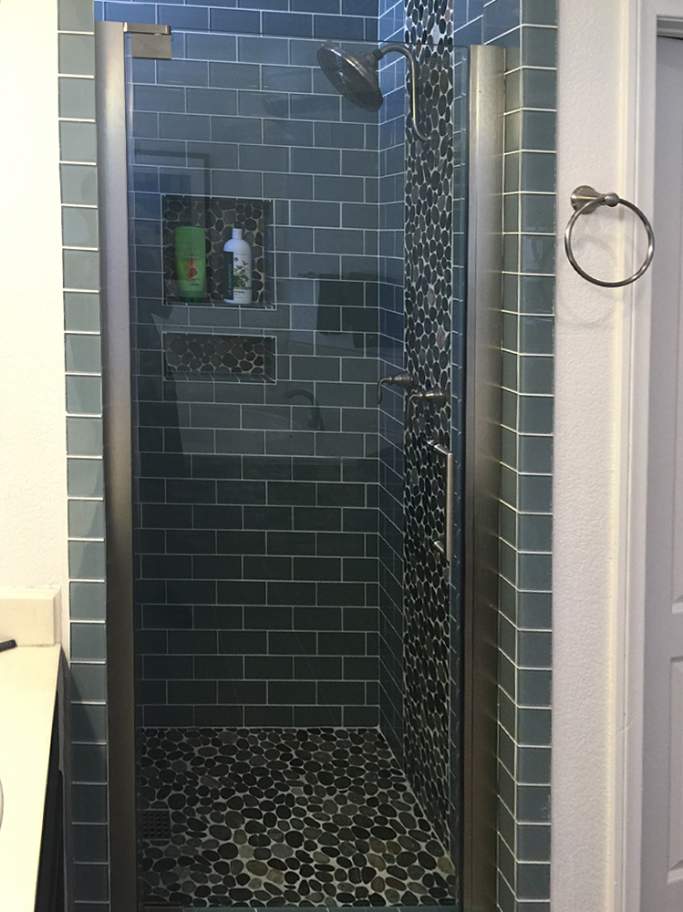 Sliced Bali Ocean Pebble Tile Shower Floor, Walls & Accent with Ocean Glass Subway Tile