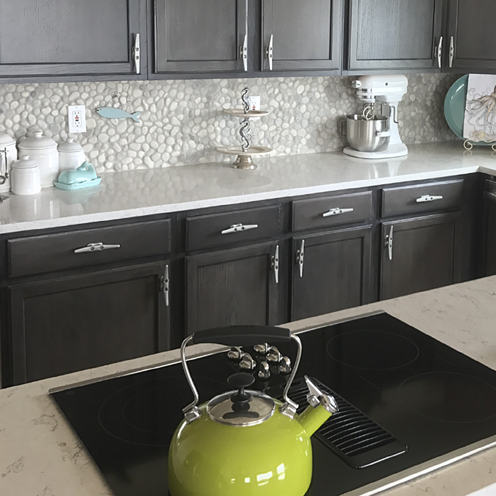 Bali Cloud Pebble Tile Backsplash