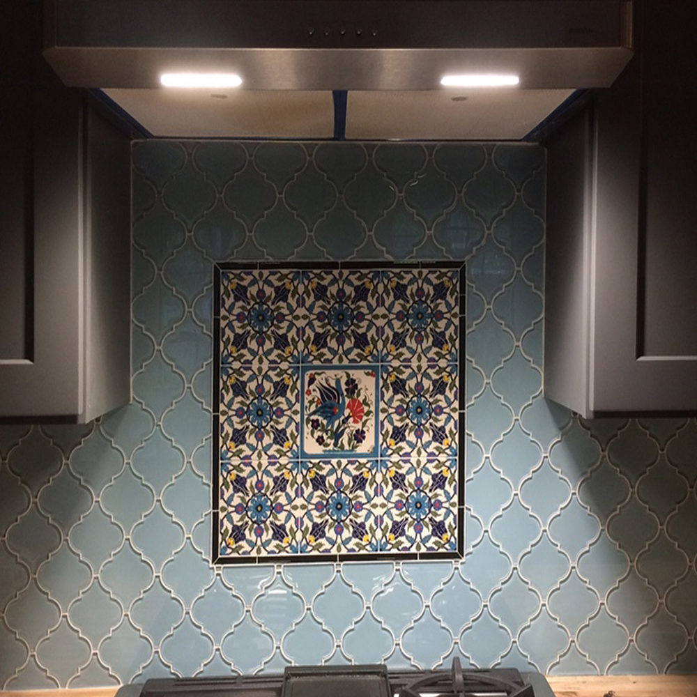 Vapor Arabesque Kitchen Backsplash with Mosaic