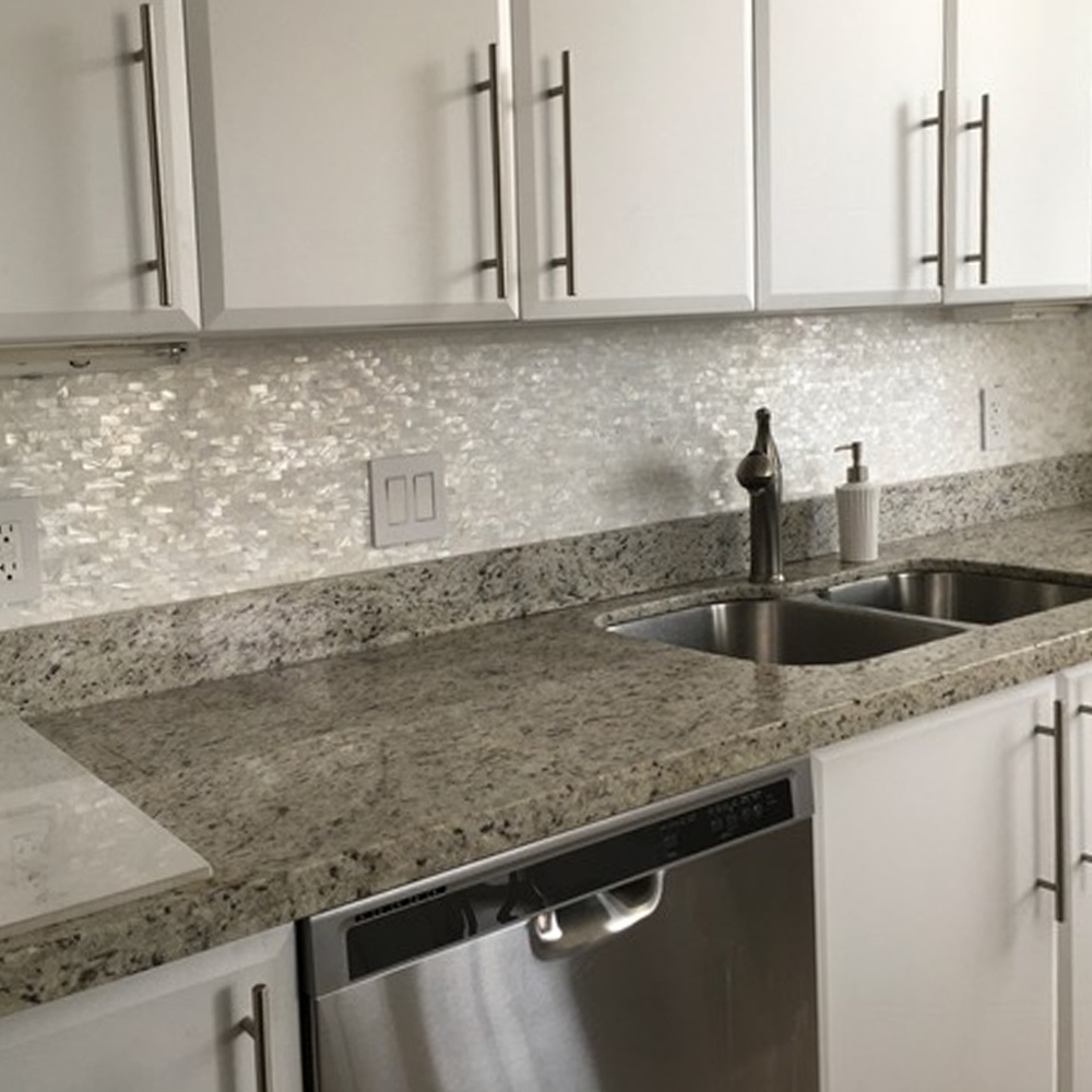 White Brick Pearl Tile Kitchen Backsplash