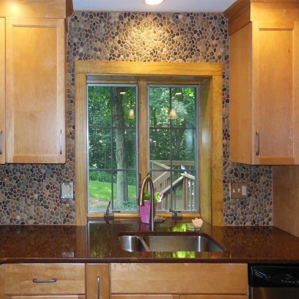 Pebble Tile Wall Coverings