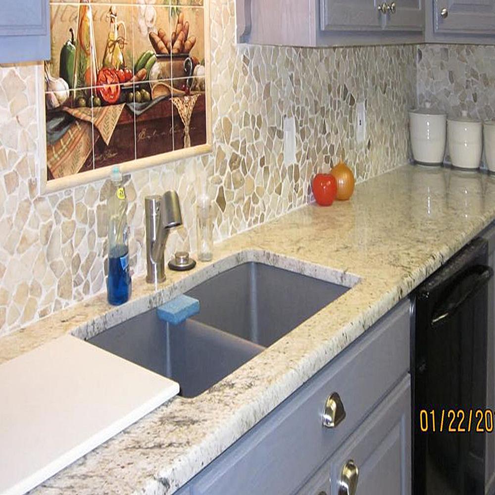 Glazed Mixed Quartz Kitchen Backsplash with Inlay