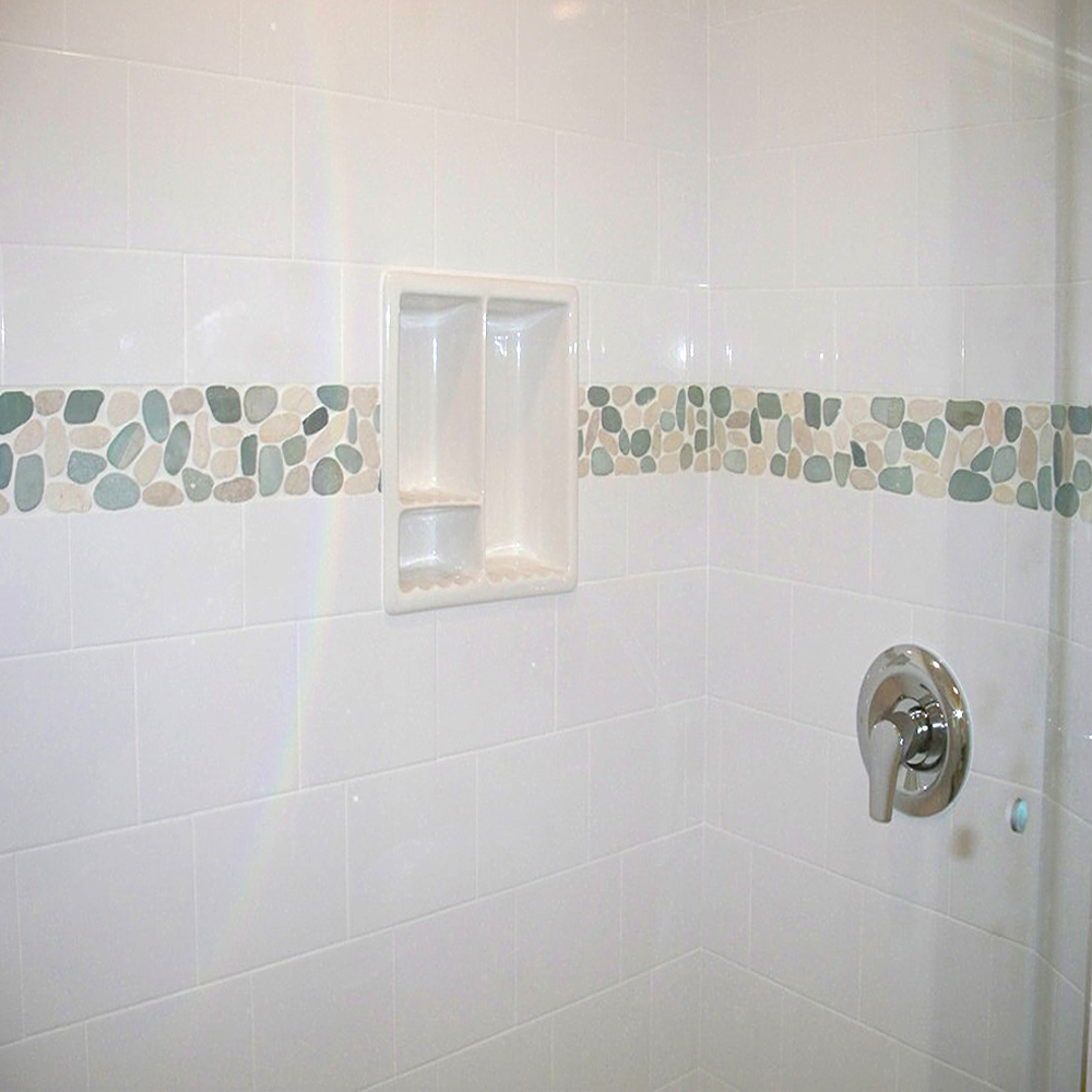 sliced-sea-green-and-white-pebble-tile-shower-border