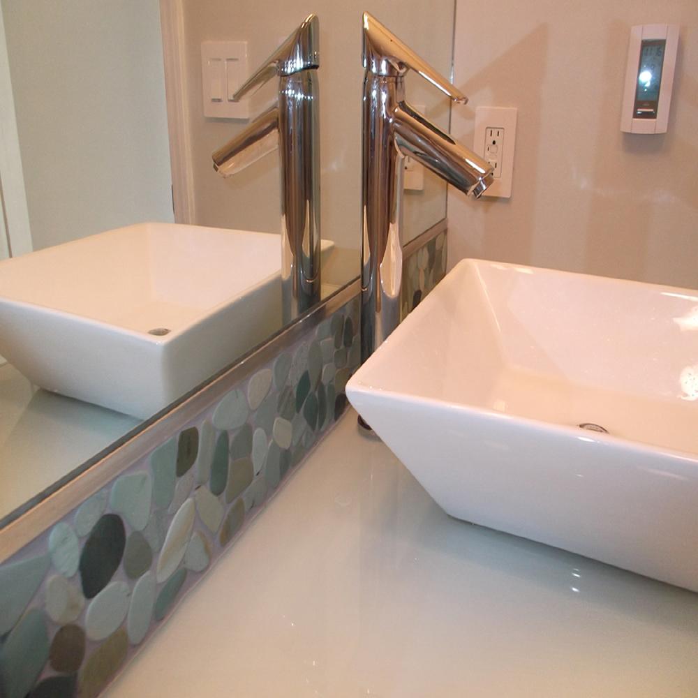 Sliced Sea Green Pebble Tile Bathroom Vanity Backsplash