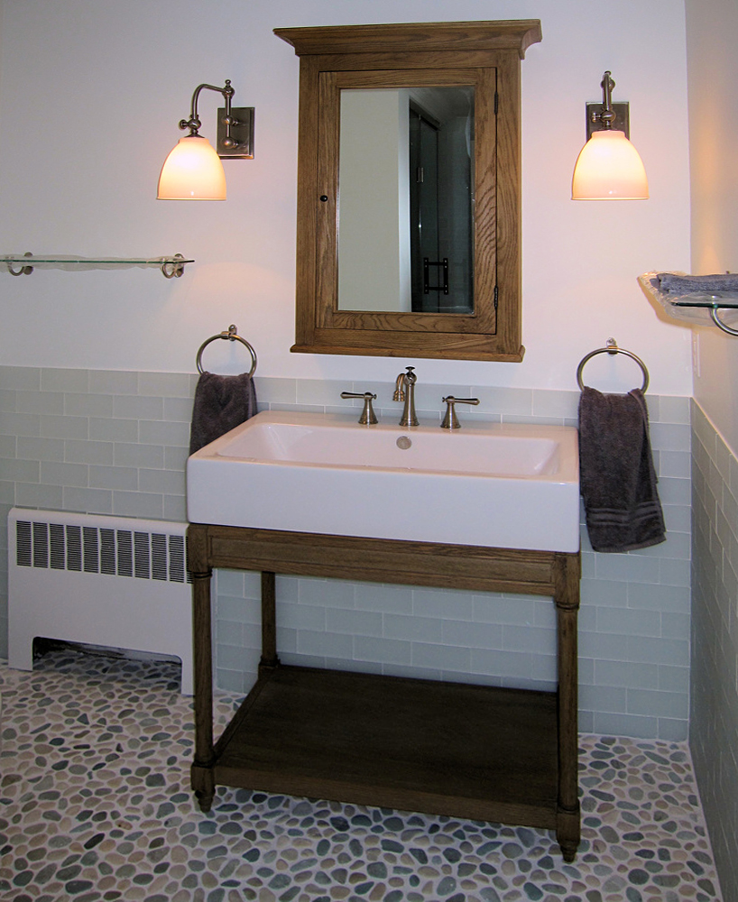 Sea Green & White Pebble Tile Bathroom Flooring