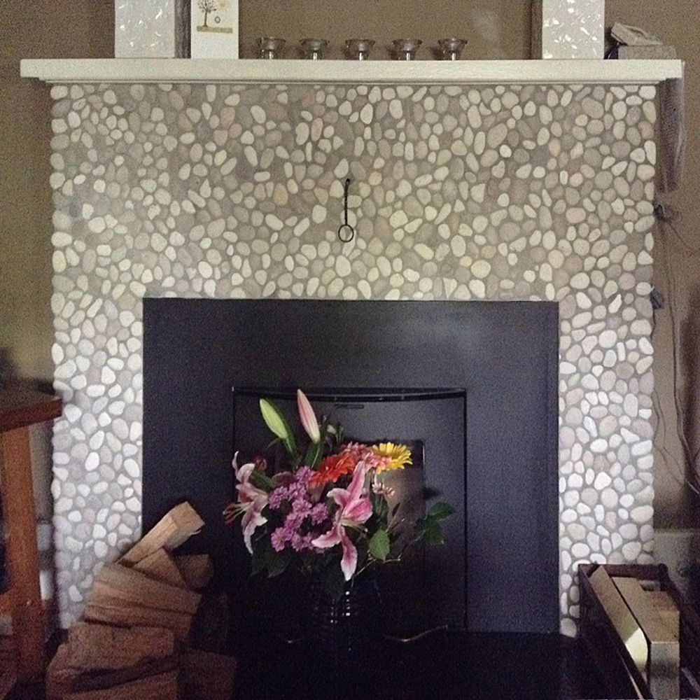 Java Tan and White Pebble Tile Fireplace