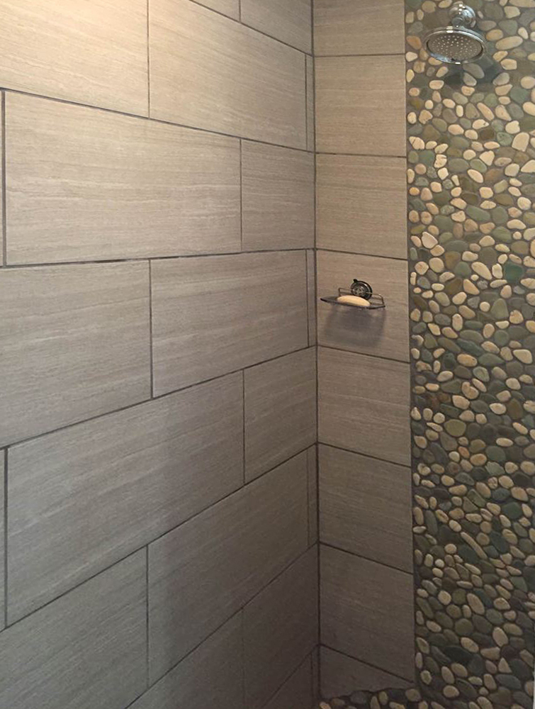 Sea Green and White Pebble Shower Accent
