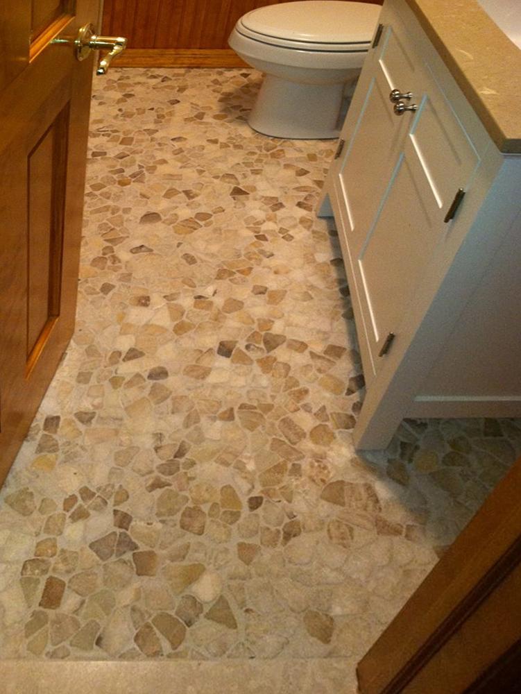 Mixed Quartz Mosaic Tile Bathroom Flooring