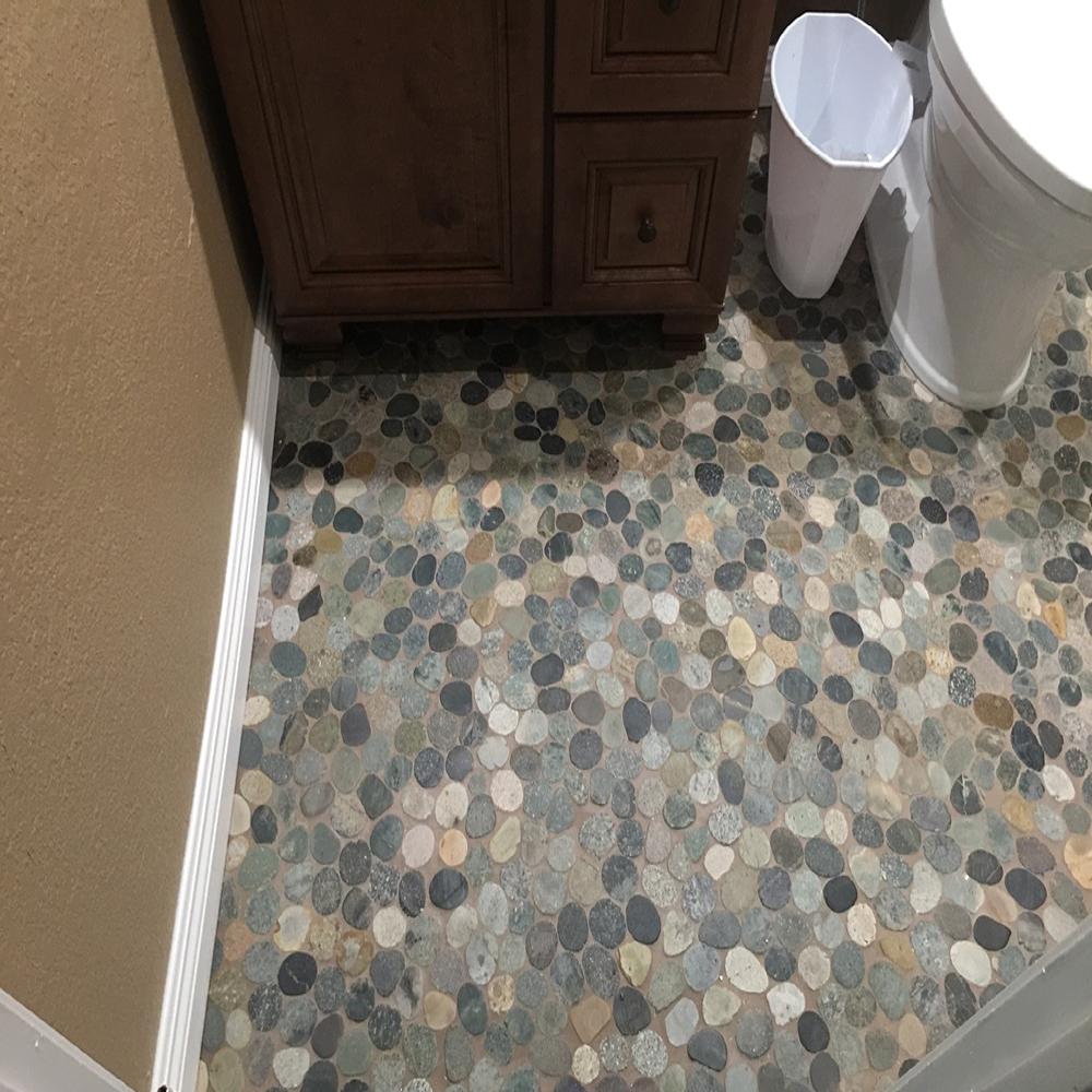 sliced-bail-ocean-pebble-tile-bathroom-flooring