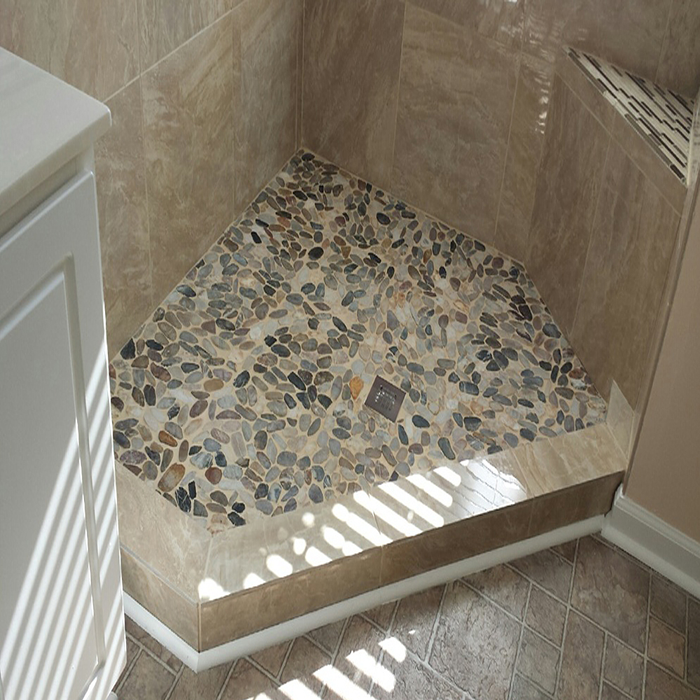 Sliced Cobblestone Pebble Tile Shower Floor