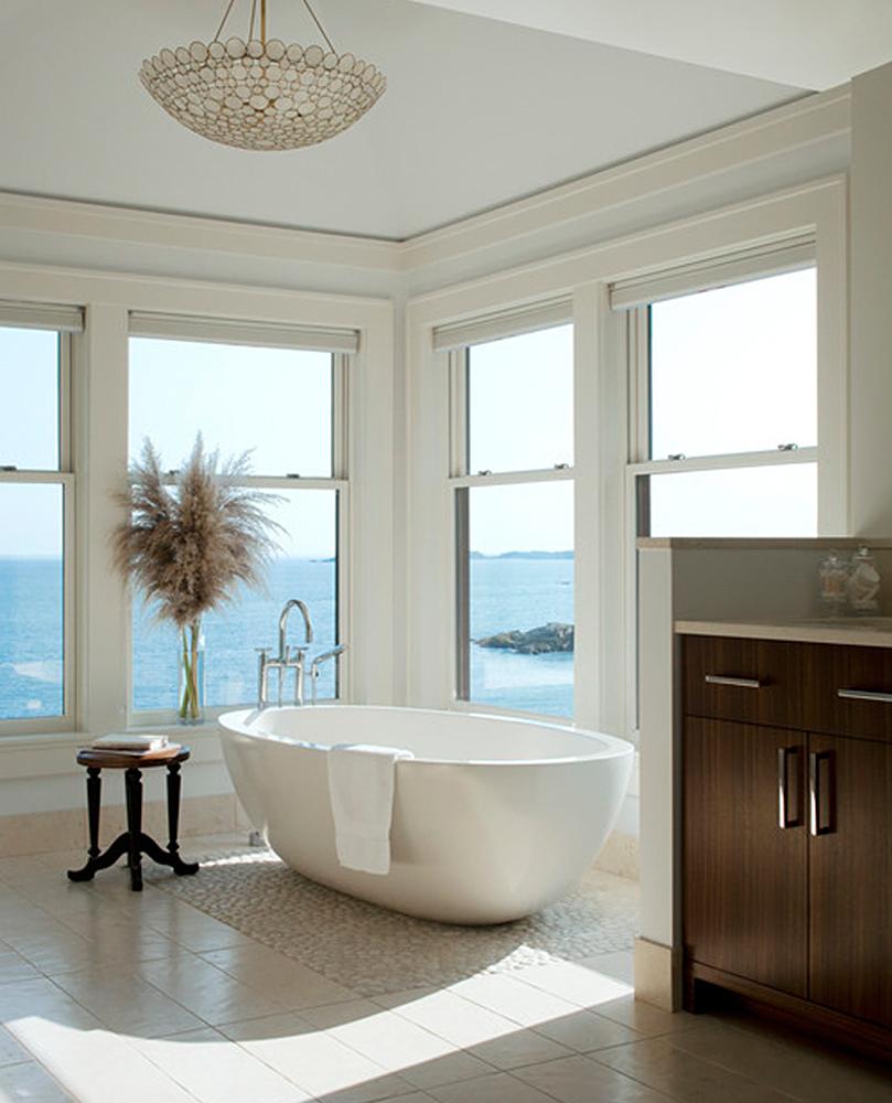 White Pebble Tile Bathtub Base