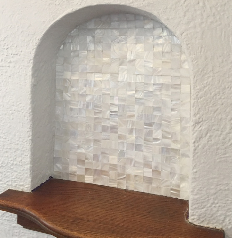 White Square Groutless Pearl Shell Tile Niche Backdrop