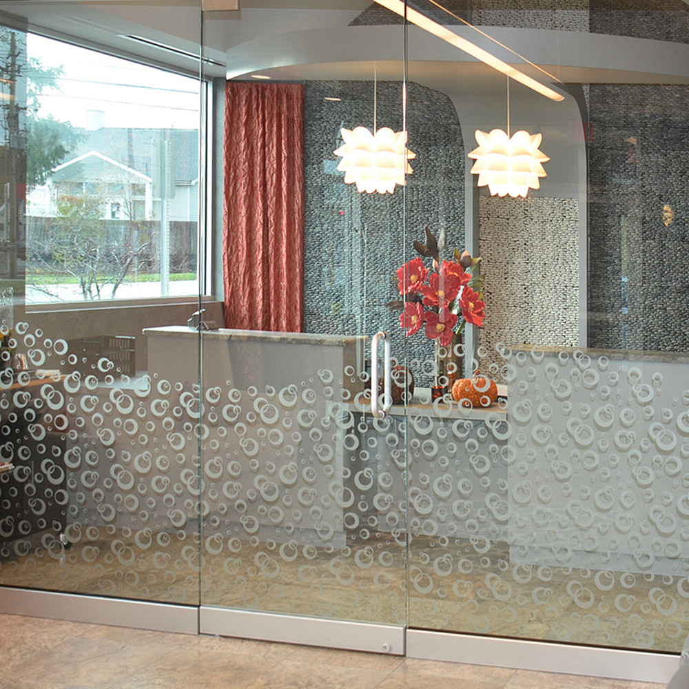 Stacked Pebble Tile Feature Wall