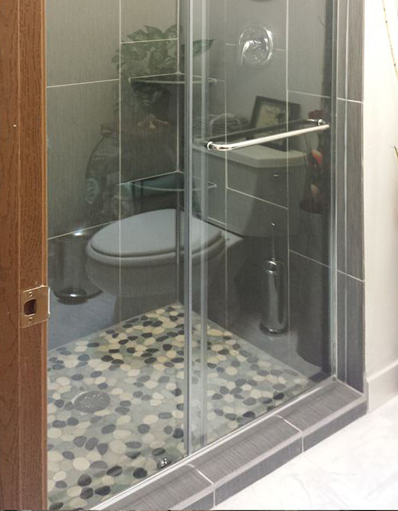 Sliced Bali Turtle Pebble Tile Shower